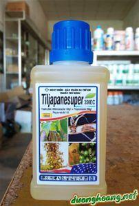TiljapaneSuper 350EC, là thuốc trừ bệnh cây trồng như: vàng lá, rụng đốt, thán thư, thối rễ hồ tiêu; rỉ sắt, thối quả cà phê; lem lép hạt lúa. Chai 240ml và 100ml.