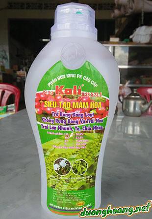 Phân bón king PK cao cấp (King KaLi 0 - 32.5 - 23.5) siêu tạo mầm hoa trổ đồng loạt, chống rụng bông và trái non, trái lớn nhanh, to, chắc nhân. Chuyên dùng cho cây cà Phê, Tiêu